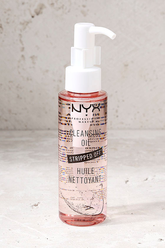 NYX Stripped Off Cleansing Oil 1