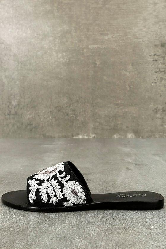 Seychelles Under Control Black Leather Embroidered Slide Sandals 1