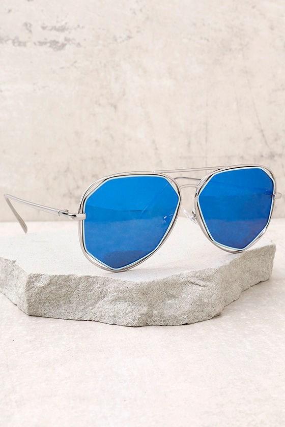 64e539c30a35 Trendy Aviator Sunglasses - Blue Mirrored Sunglasses - Silver ...