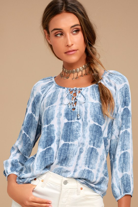 Cheerful Skies Blue and White Tie-Dye Top 2