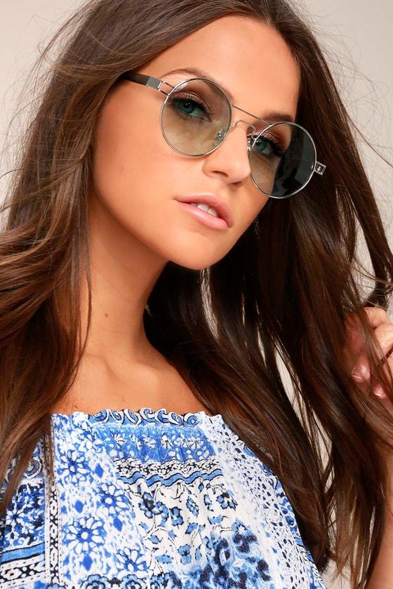 Yoko Silver and Green Round Sunglasses 3