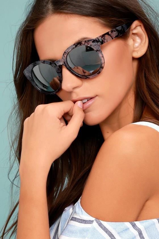 Odessa Grey and Silver Mirrored Sunglasses 3