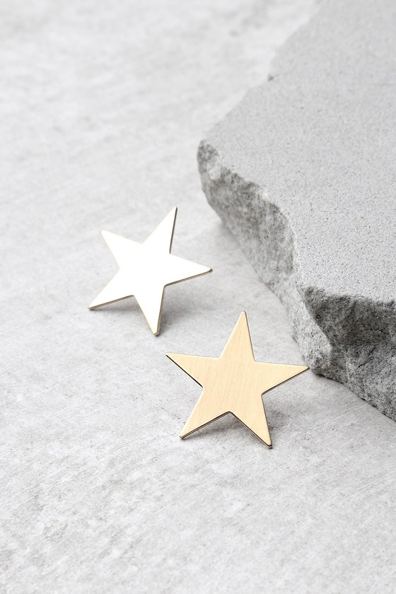 Top of the Class Gold Star Earrings 1