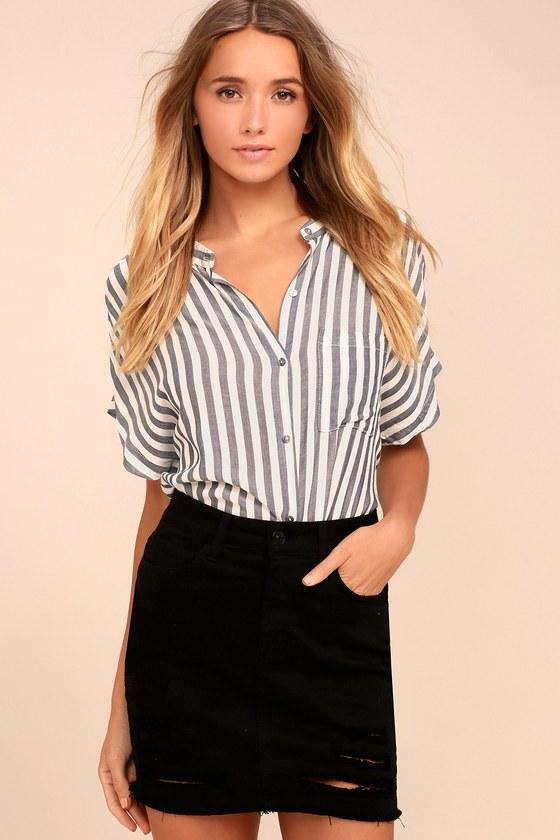 Mini Oh My Black Distressed Denim Mini Skirt 2