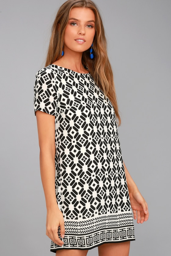 Piazza Black and White Print Shift Dress 2