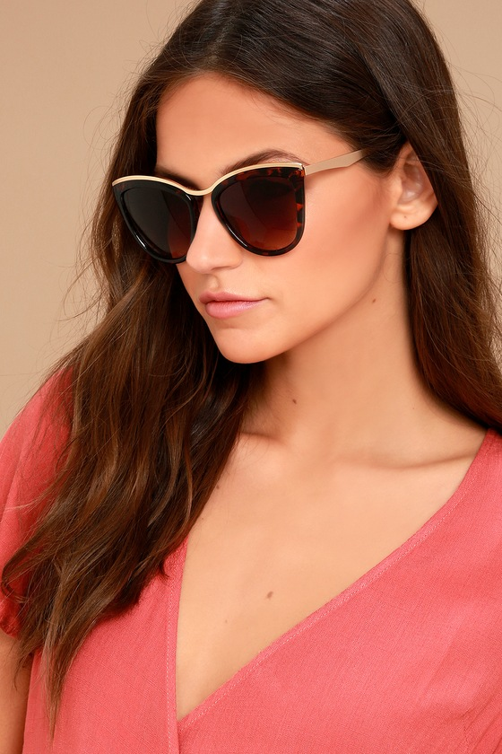 Style First Tortoise Sunglasses 1
