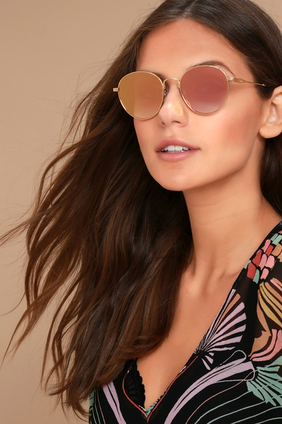 Sonix Ace Pink and Gold Mirrored Sunglasses 1