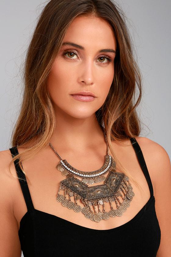Saharan Stunner Gold Statement Necklace 3