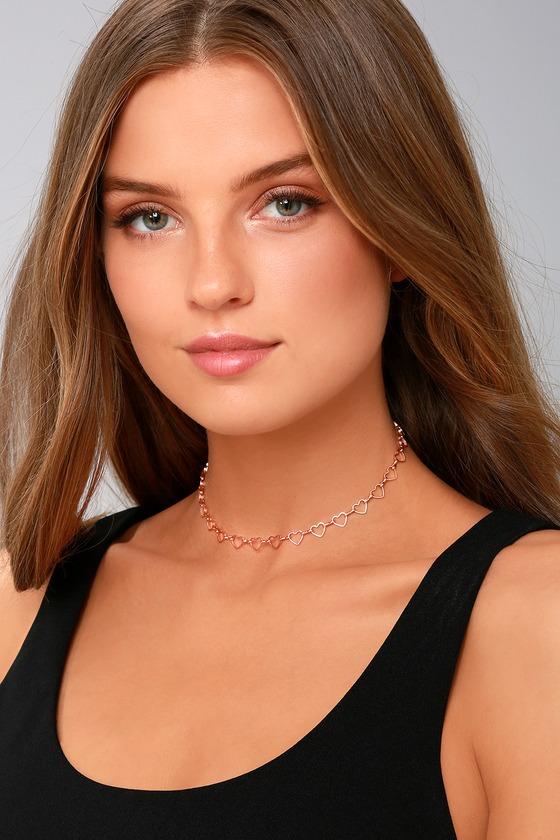 Heart's Surrender Rose Gold Choker Necklace 4