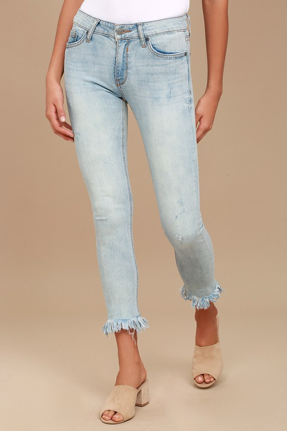 EVIDNT Hermosa Light Wash Frayed Skinny Jeans 2