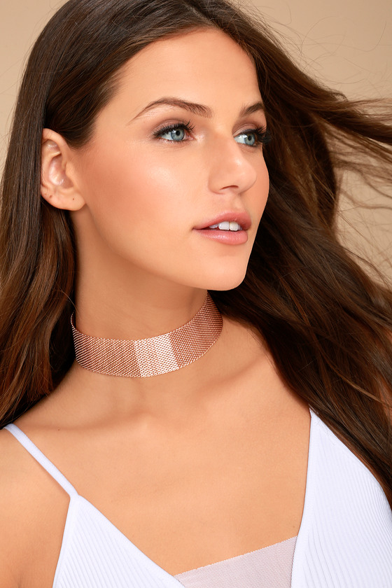 On Lock Rose Gold Choker Necklace 1