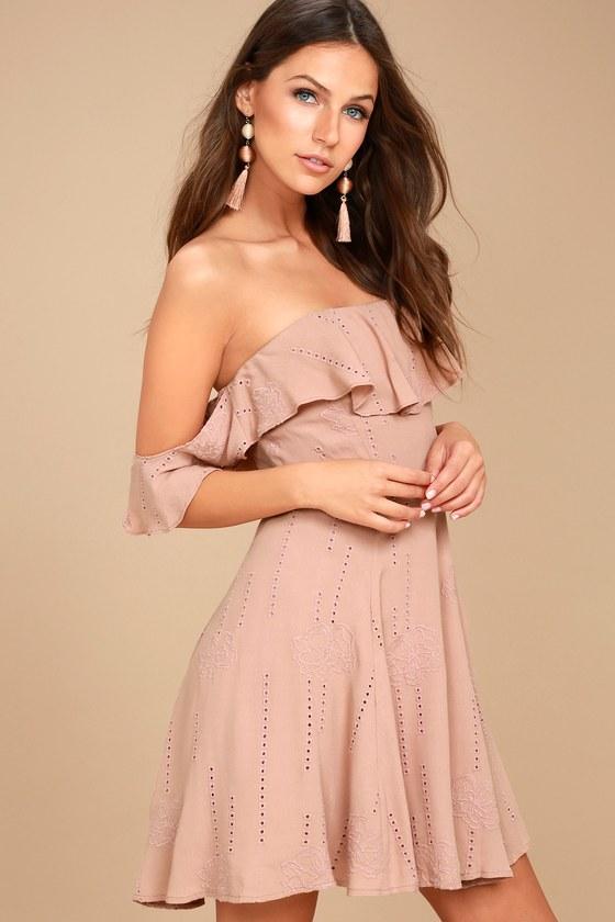 ASTR the Label Sabina Mauve Embroidered Off-the-Shoulder Dress 2