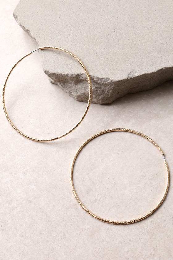 Lulus - What a Dreamer Hammered Gold Hoop Earrings