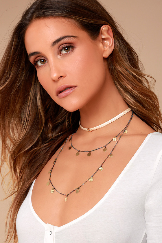 Sing the Praises Beige and Gold Layered Choker Necklace 1