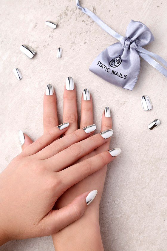 Static Nails Gunmetal Edit All In One Pop-On Manicure Kit 1