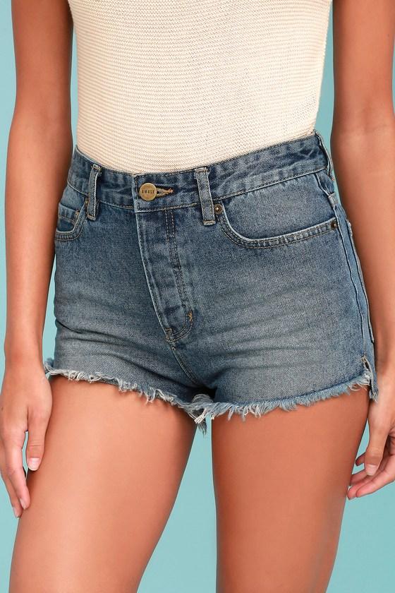 Amuse Society Kenzie Medium Wash Cutoff Denim Shorts 1
