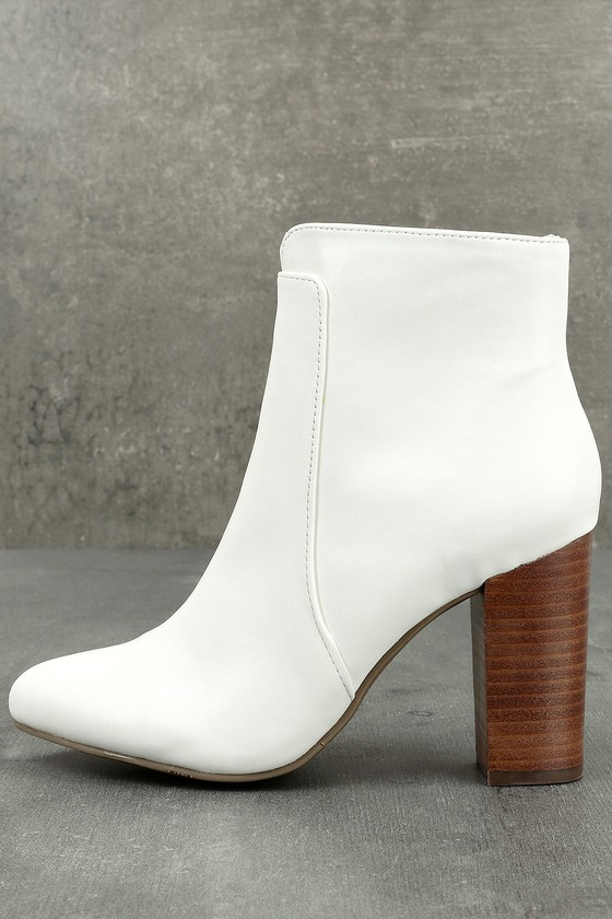 MIA Rosebud White Ankle Booties 1