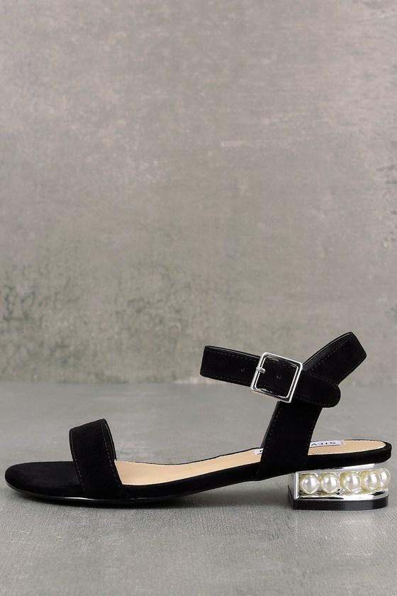 Steve Madden Cashmere Black Suede Sandals 1