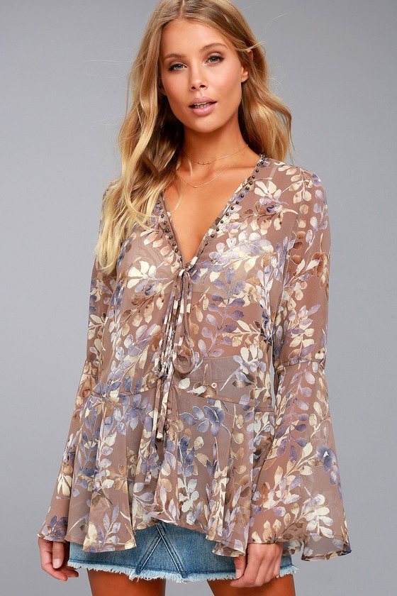 Sprawling Scenery Taupe Print Long Sleeve Top 3