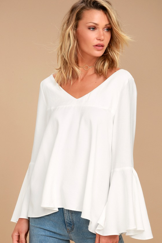 Moon River Marlee White Long Sleeve Top 1