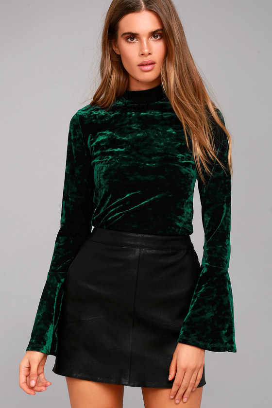 3f6cedd04a4f2b Chic Forest Green Top - Velvet Top - Long Sleeve Top