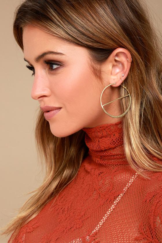 Roll On Gold Engraved Hoop Earrings 1