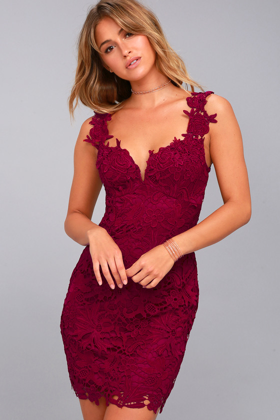 Uno, Dos, Lace Burgundy Lace Bodycon Dress 3