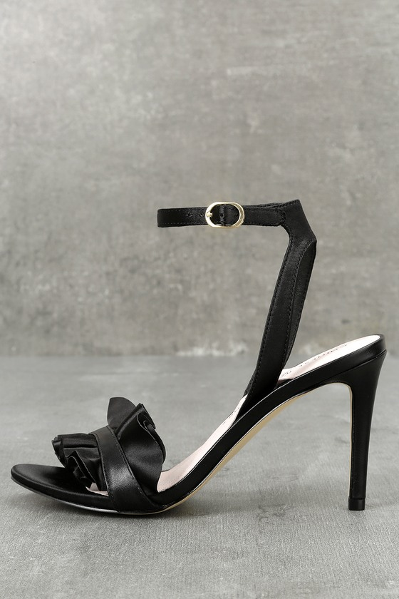 Chinese Laundry Jainey Black Ruffle Dress Sandals 2