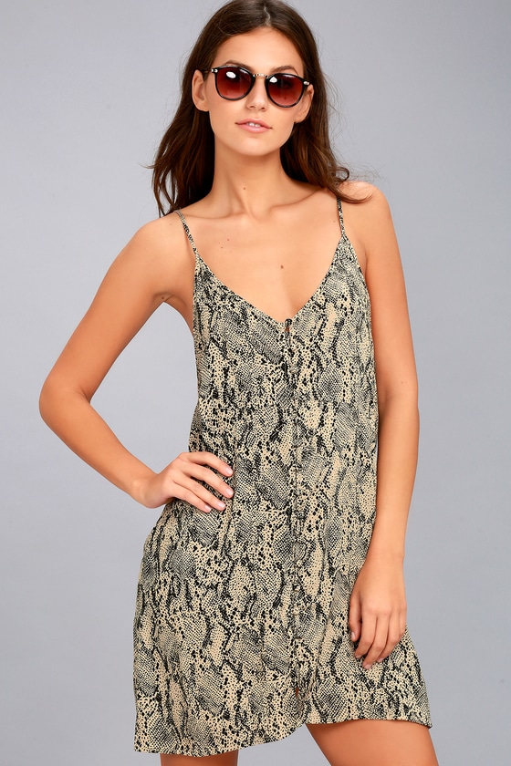 Amuse Society Midsummer Grey Snake Print Shift Dress 2