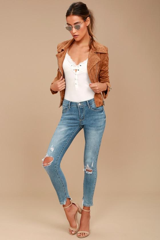 Trend Savvy Medium Wash Distressed Skinny Jeans 7