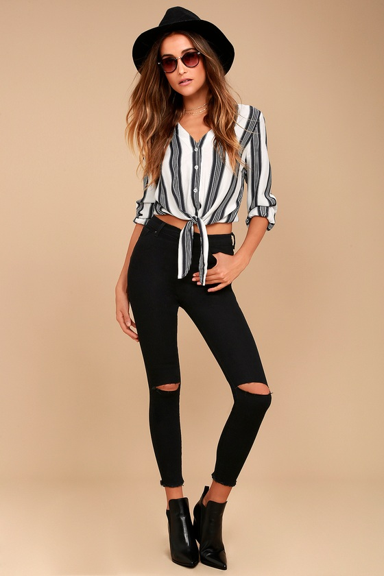 Friends Forever Black High-Waisted Distressed Skinny Jeans 1