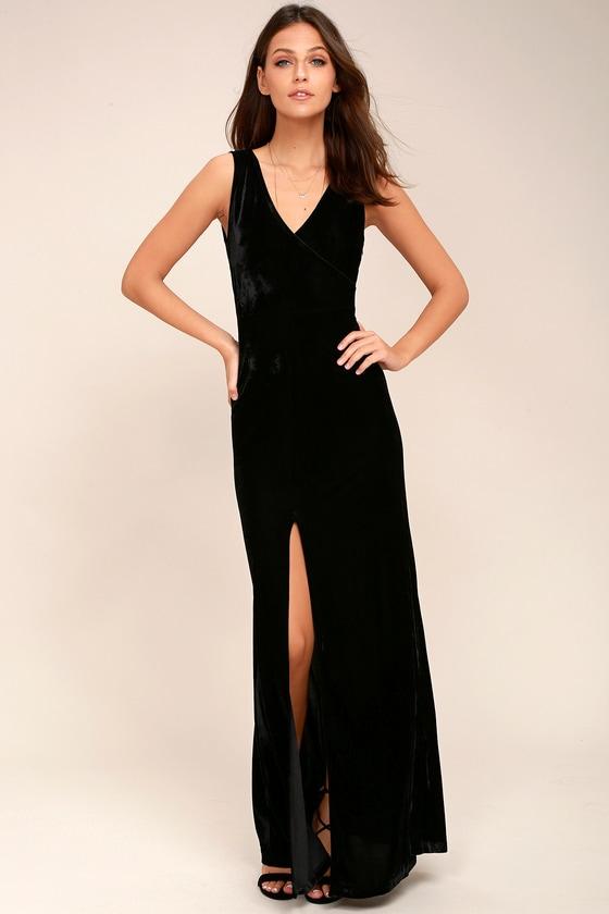 Crushin' It Black Velvet Maxi Dress 5