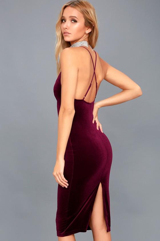 In Vogue Burgundy Velvet Bodycon Midi Dress 2