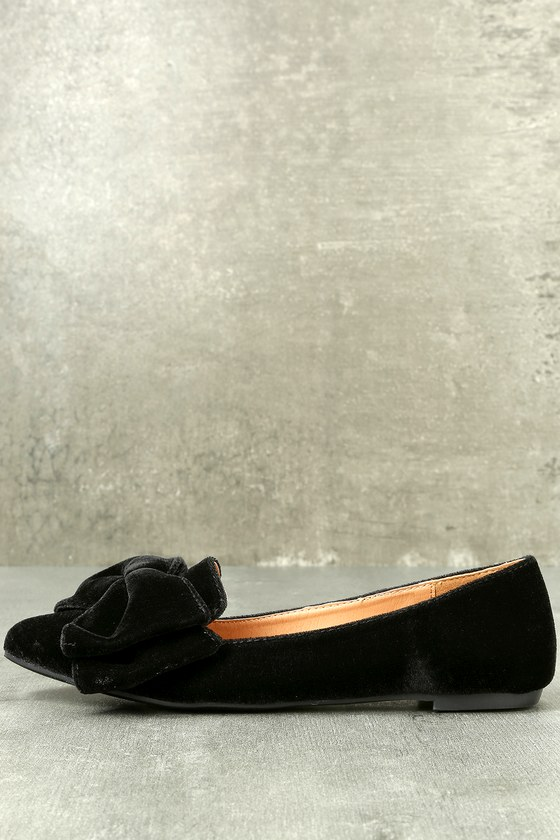 Holden Black Velvet Pointed Toe Flats 2