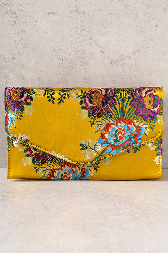 Stylish Sensibility Yellow Brocade Envelope Clutch 2