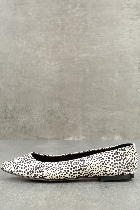 Mia KANDACE WHITE AND BLACK DOT SUEDE POINTED FLATS