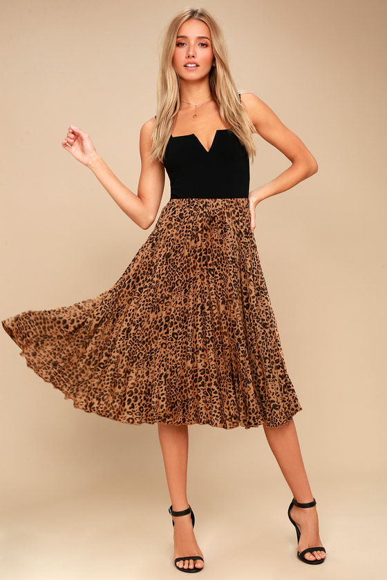 Roxie Leopard Print Pleated Midi Skirt 1