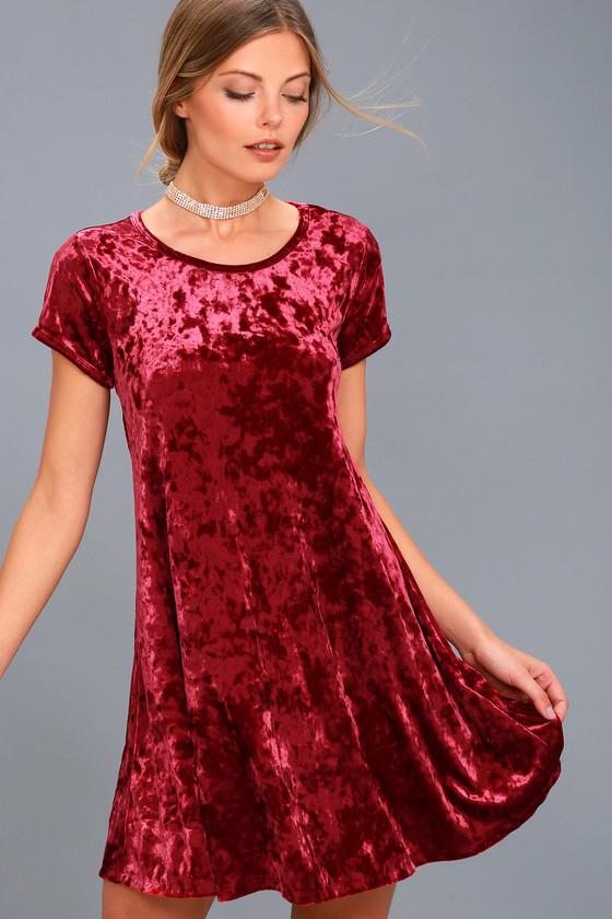 Nivea Wine Red Crushed Velvet Swing Dress 3