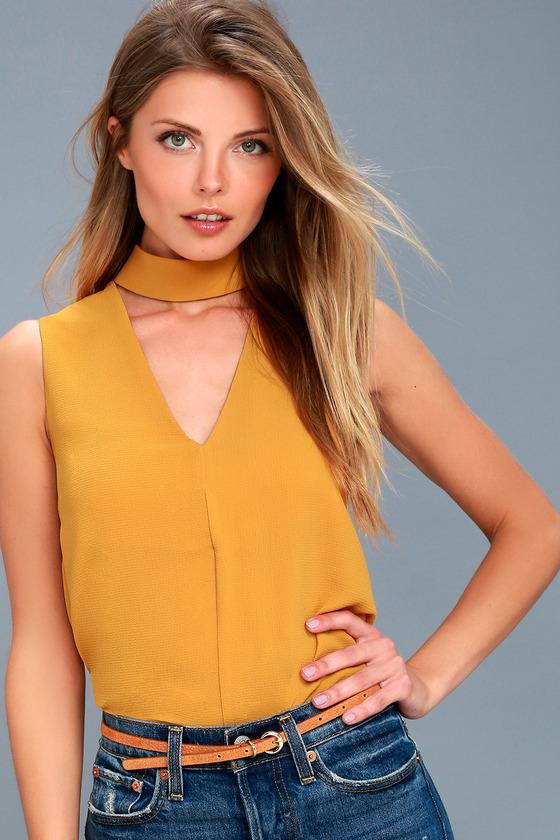 Ciao Bella Mustard Yellow Cutout Mock Neck Top 4