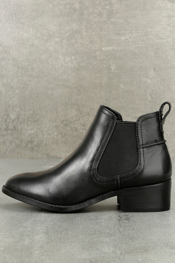 Dicey Black Leather Ankle Booties 2