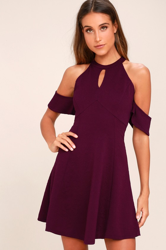 Sequins will always have you covered; Saturday night, festival or xmas party. Ensure to get glitz with the Breena dress, in our plum disc sequin, it features a bodycon mini fit .