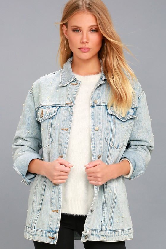 Hit Single Light Wash Pearl Denim Jacket 2