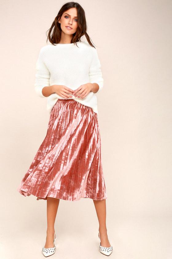 Hathaway Blush Pink Velvet Pleated Midi Skirt 2