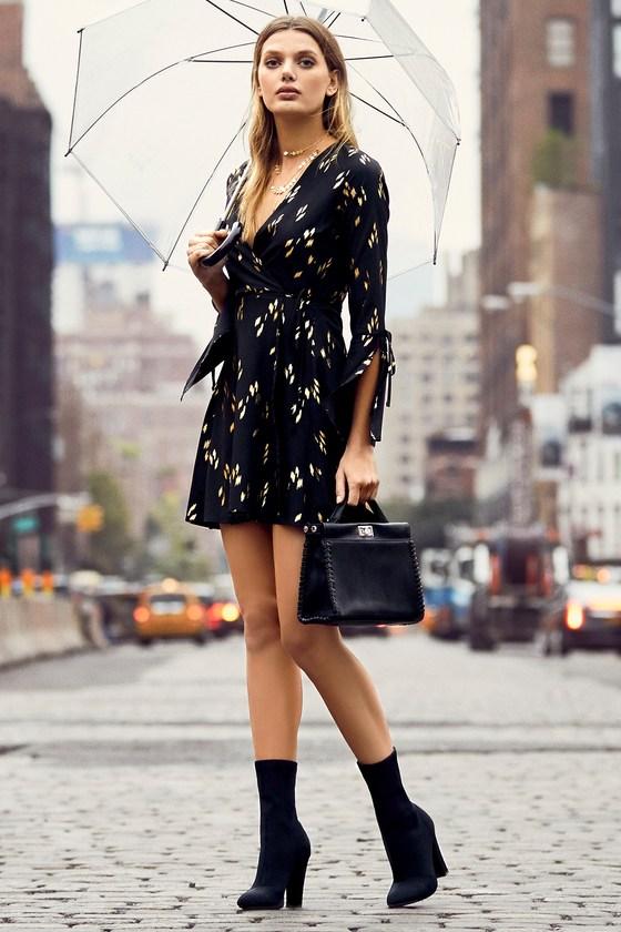 5d7268edc978 Chic Black and Gold Dress - Wrap Dress - Long Sleeve Dress
