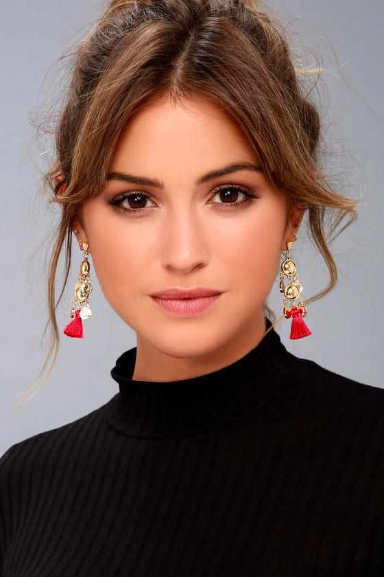 Battlefield Gold and Red Tassel Earrings 1