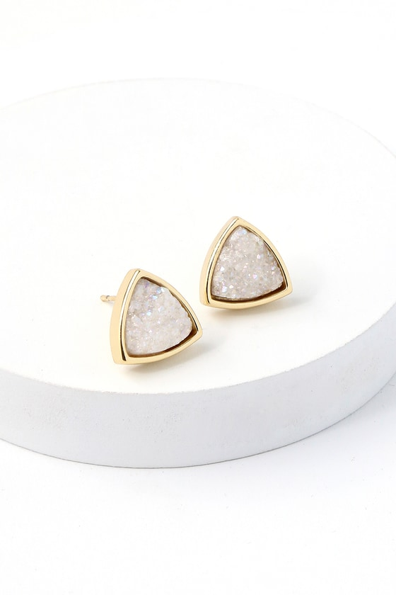 Intrigue Gold and White Earrings