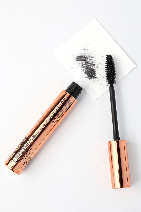 Bliss Lash Black Ultimate All-in-One Mascara 1