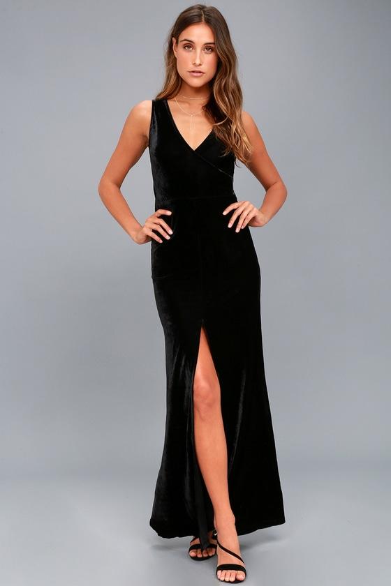 Crushin' It Black Velvet Maxi Dress 2