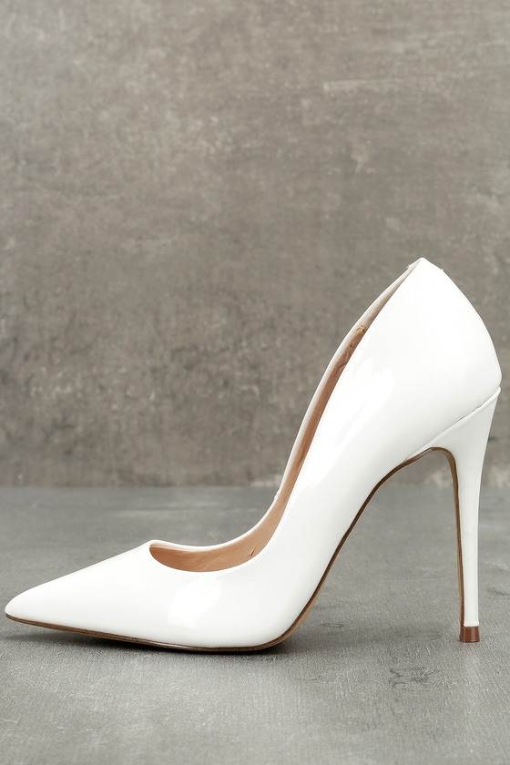 classic shoes cheap prices on wholesale Daisie White Patent Pumps