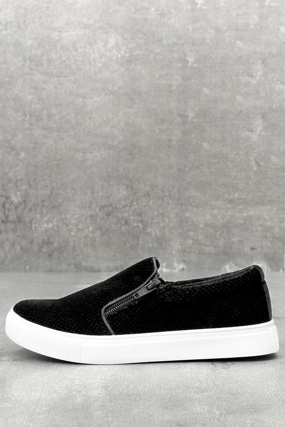 Alma Black Slip-On Sneakers 4